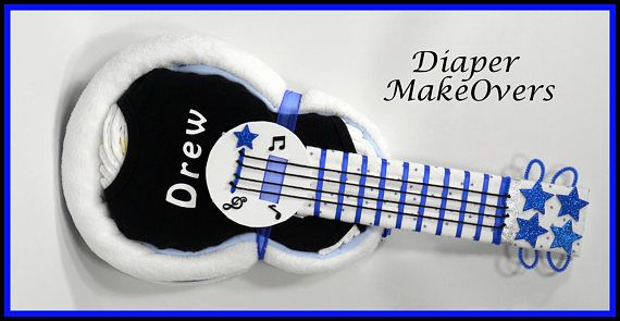 Guitarra pañal Cake únicas bebé ducha regalo o centro de