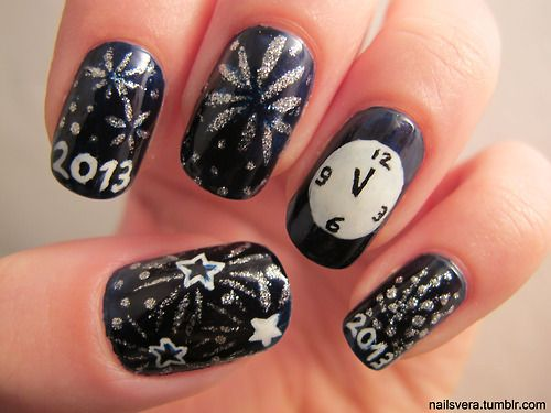 New Year's nails....i wouldve loved to find these BEFORE new years haha