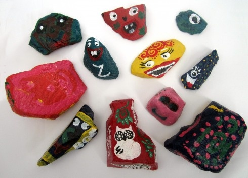 Painted rocks...could be fun to do something that ties in with your book, either as promo or as a fun activity with kids.: Kids Crafts, Books Promo