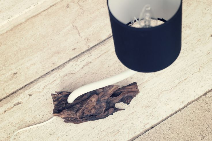 TRI02. Materiale: legno, plastica, alluminio. Le lampade della linea TRI sono caratterizzate da una base in legno scolpito (principalmente ulivo, ma non solo) e vengono realizzate come lampade da tavolo. Ogni lampada TRI costituisce un pezzo unico. #design #interior #interiordesign #home  #homedecor #modern #details #beautiful #industrial #industrialdesign #homesweethome #handmade #minimal #perfect #chic #cute #luxury #livingroom #wood #lamp #light #lighting #follow #prodg