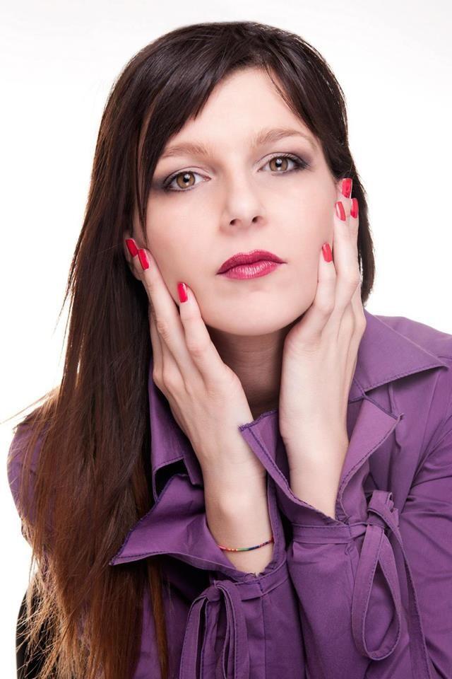 INTERVISTA A SARA ADANAY http://lindabertasi.blogspot.it/2015/06/lartista-che-ce-in-te-intervista-sara.html