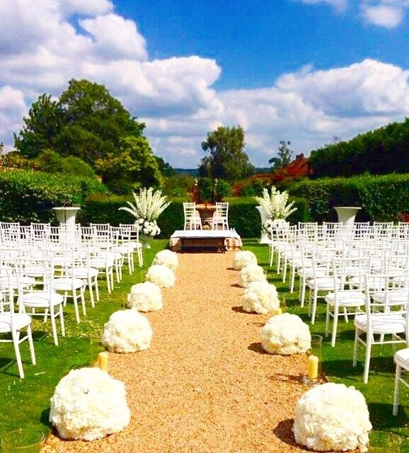 Wedding Wonder Comes Easily In Four Seasons Hampshires Walled Garden