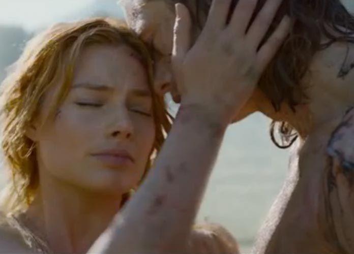 Margot Robbie Punched Alexander Skarsgård In Tarzan Sex Scene
