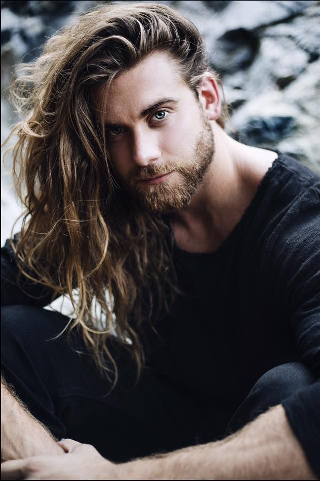 Giving the Monday blues a new meaning     Wishing you a great day!   Thanks for the shot @chris_fitzgerald~~   Brock O'Hurn