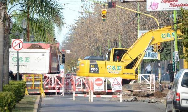 Tránsito: habrá cortes y desvíos en las avenidas Varela y Ameghino
