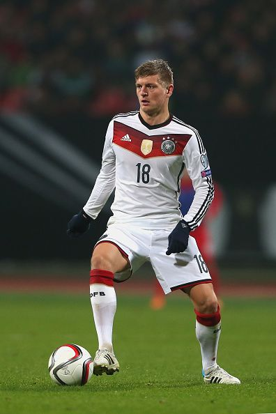 Toni Kroos of Germany runs with the ball during the EURO 2016 Group D Qualifier match between Germany and Gibraltar at Grundig Stadion on November 14, 2014 in Nuremberg, German