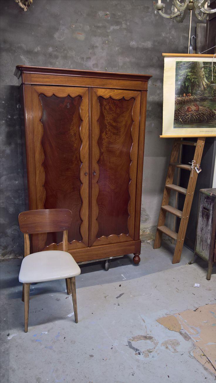 Mooie Biedermeier kast als pronkstuk in je interieur! www.als-nieuw.com