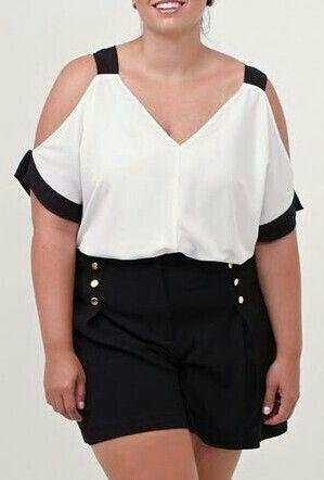 Conjunto blusa e short preto e branco