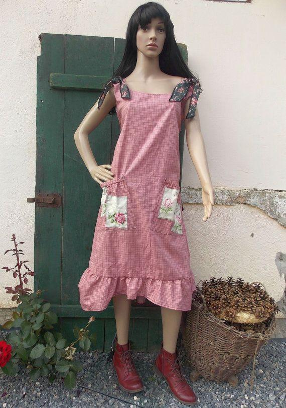 Dress ruffle rose country style fashion by AtelierJoanVilem