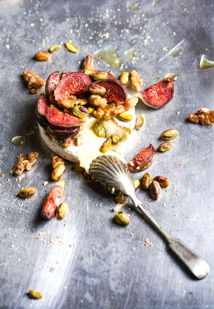 Camembert with Fig and Pistachio topping - oh and a little drizzle of honey. Quick, easy and yummy starter!