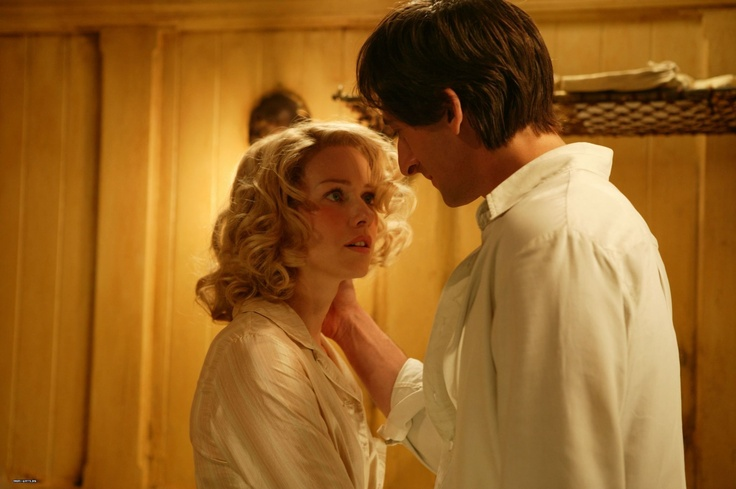 "Naomie Watts and Adrien Brody in ""King Kong""."