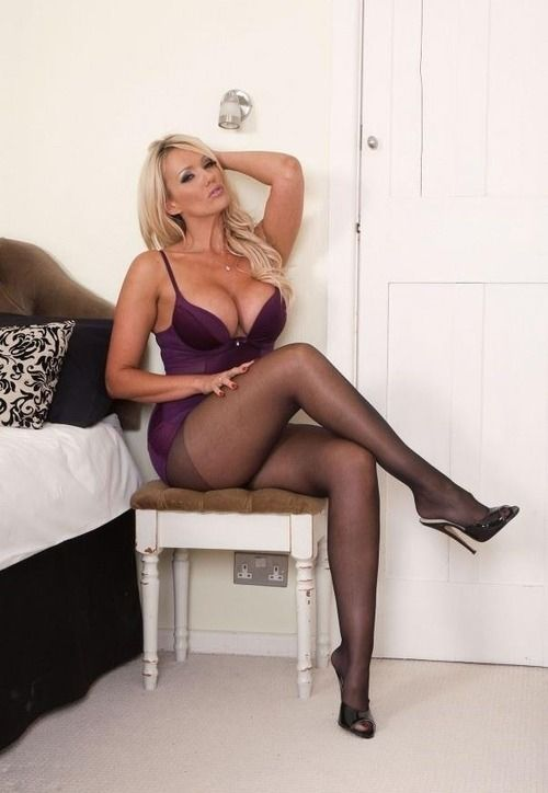 1000+ images about Cougars & MILFS on Pinterest | Sexy, Pantyhose ...