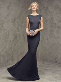 Společenské šaty Pronovias Faina
