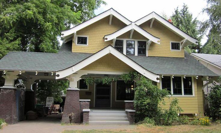 1912 craftsman located in the laurelhurst neighborhood of for Portland craftsman homes