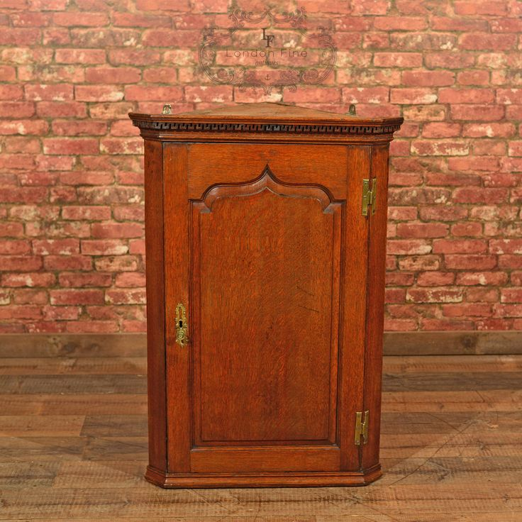 Antique Hanging Corner Cabinet, Georgian English Oak Wall Cupboard, c.1780 - 94 Best Antique Bookcases & Cabinets Images On Pinterest