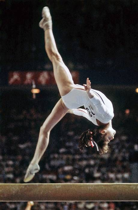 Nadia Comaneci SP/SO6w5 ISTJ