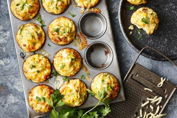 Tuna, corn and parsley muffins