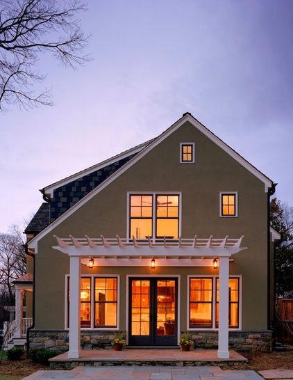 363 best curb appeal images on pinterest exterior homes for Small saltbox house plans
