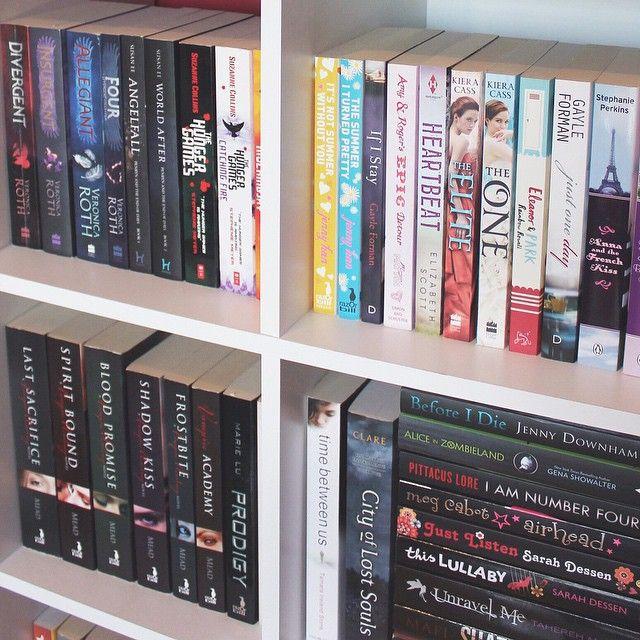 such a pretty shelf, I'm jealous!
