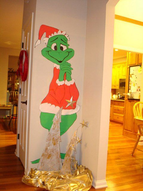 Grinch Christmas Door Decorating Contest Gt Holiday