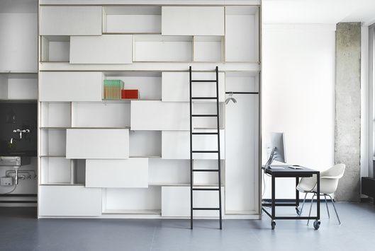 shelf designed by Hanna Krüger