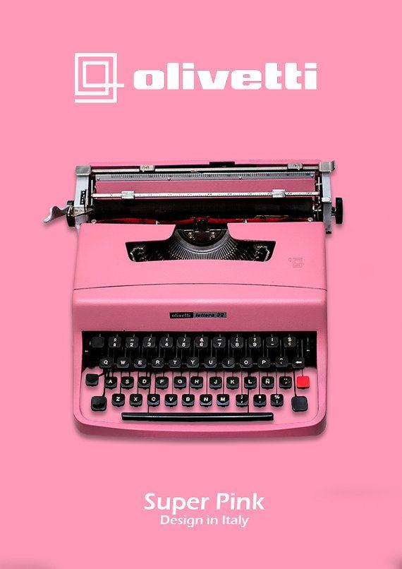 Pink Olivetti Lettera 32 Vintage Typewriter by ElGranero