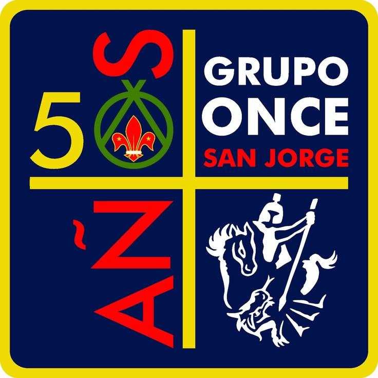 """Distintivo para conmemorar los 50 años del grupo 11 """"San Jorge"""" de la Provincia Yucatán, de la Asociación de Scouts de México. Juan Pablo Del Angel, 2012."""