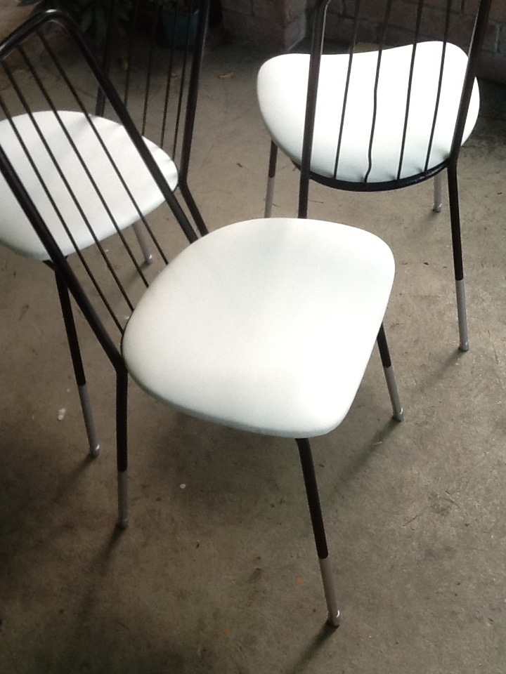Exploration with retro chairs   2013