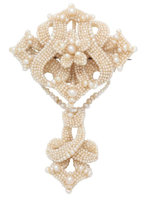 1000 Ideas About Pearl Brooch On Pinterest Brooches