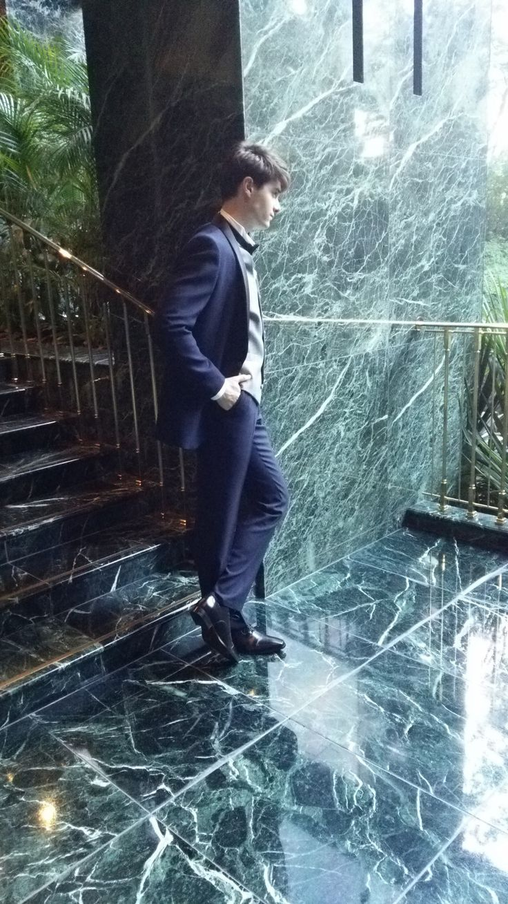 タキシード 雑誌撮影風景|結婚式の新郎タキシード/新郎衣装はメンズブライダルへ