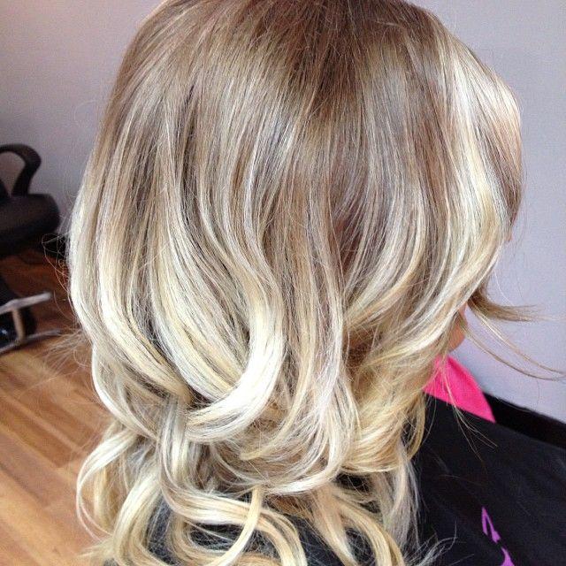 Dark Blonde W White Blonde Ombr   Hairdos Amp Makeup  Pinterest  Whit
