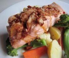 Recipe Simple Steamed Salmon by Tash0505 - Recipe of category Main dishes - fish