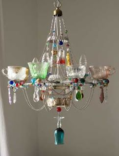 OMGOSH ~ Chandeliers Found on blogesteix-chandeliers.blogspot.co.uk