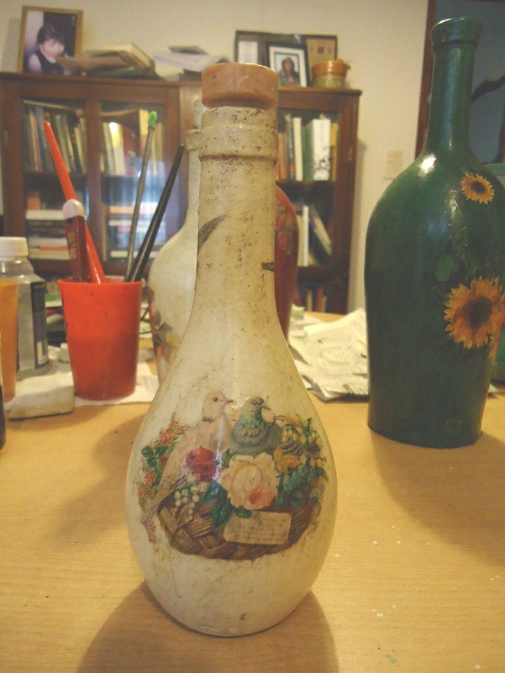 Las 25 mejores ideas sobre botellas de licor decoradas en for Ideas para decorar botellas