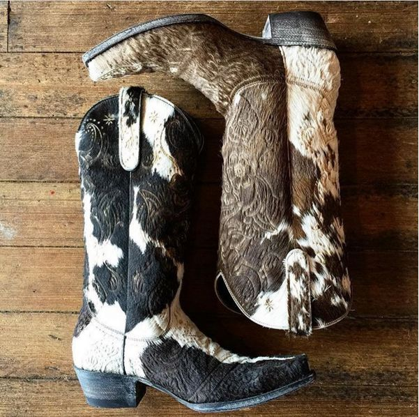 These gorgeous OLIVIA black assortment hide and brown assortment hide are available at The Gypsy Spur. Would you rock these? #oldgringoboots