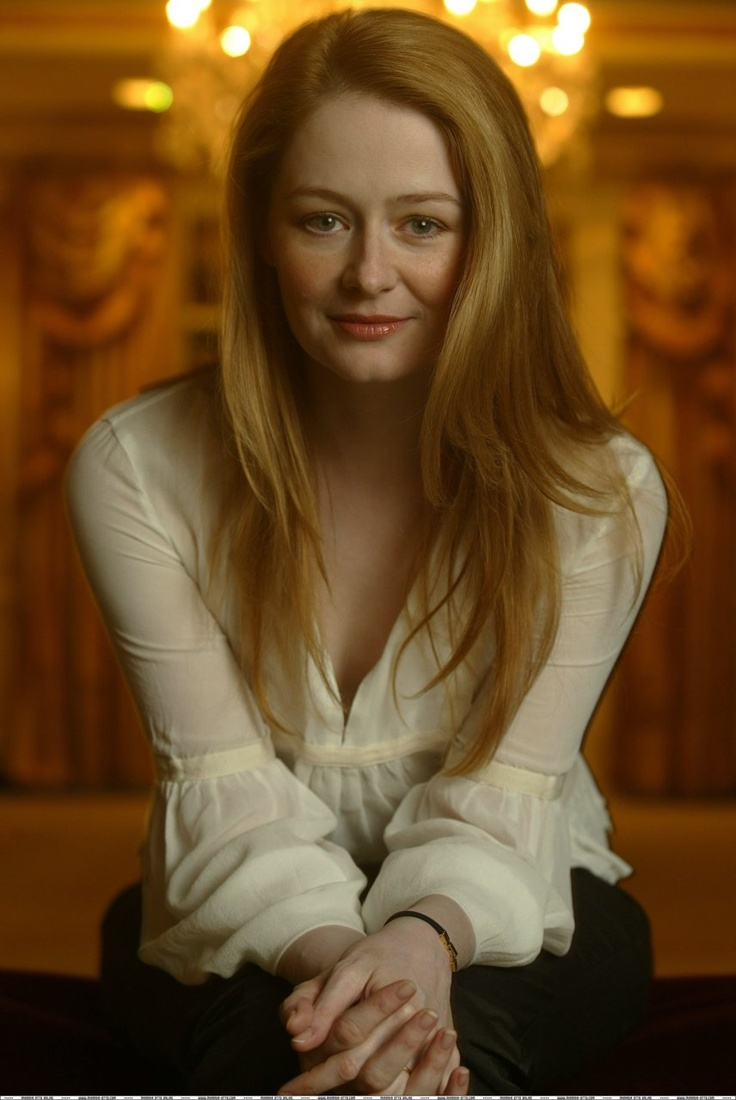 Miranda Otto THIS is your celebrity look-alike :)