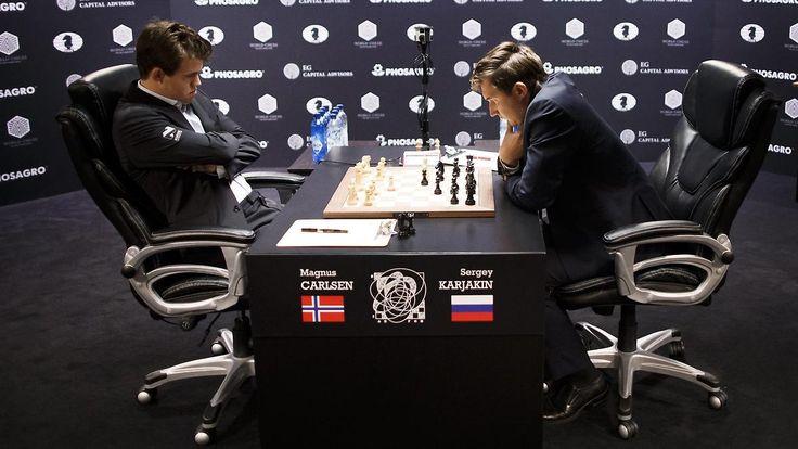 Carlsen überrascht mit seltenem Angriff: Schach-Weltmeisterschaft startet mit Remis