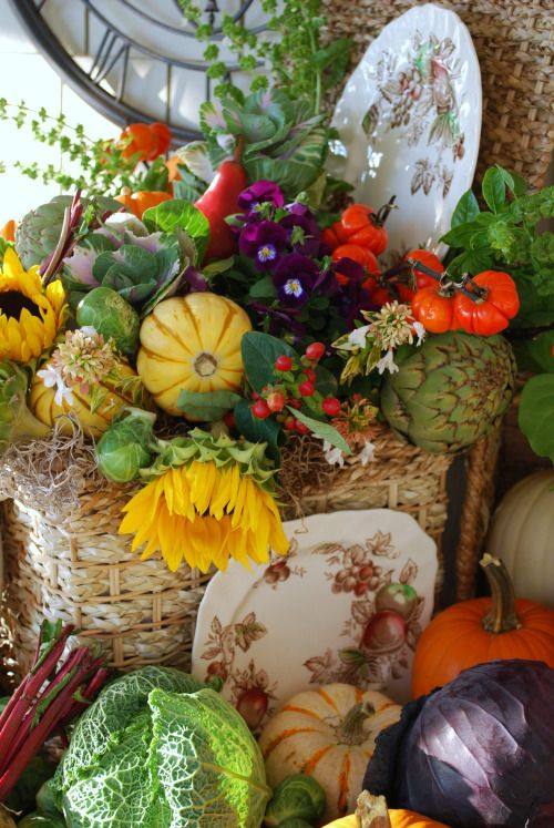 Harvest Time centerpiece @ Home is Where the Boat Is #fall