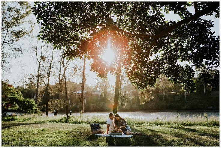 picnic Engagement Image: Amy Higg Photography