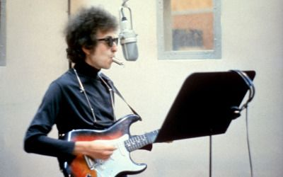 """soundsof71: """"Bob Dylan, 1965, with the siren whistle he played on the title track for """"Highway 61 Revisited"""" """""""