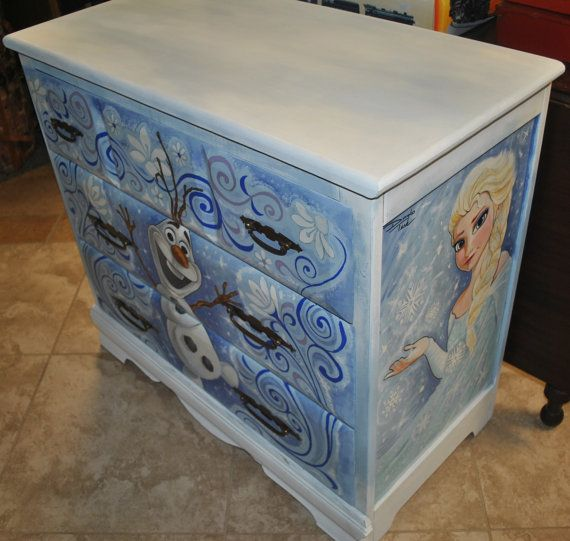Vintage 1950s Maple Dresser Hand Painted Frozen Olaf, Elsa