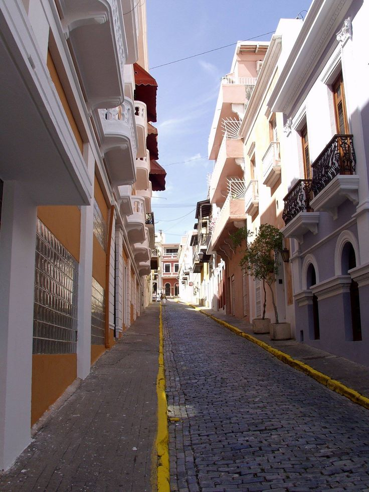 San Francisco Map Ritz Carlton%0A Old San Juan is paved in blue cobblestone dating back nearly     years   Some wander