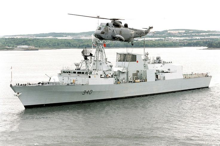 Royal Canadian Navy Halifax class frigate HMCS St Johns (FFG-340), & Westland Sea King.