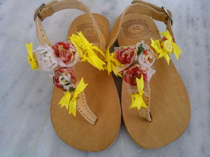 OTINANAI: Σανδάλια λουλουδάτα !!!!