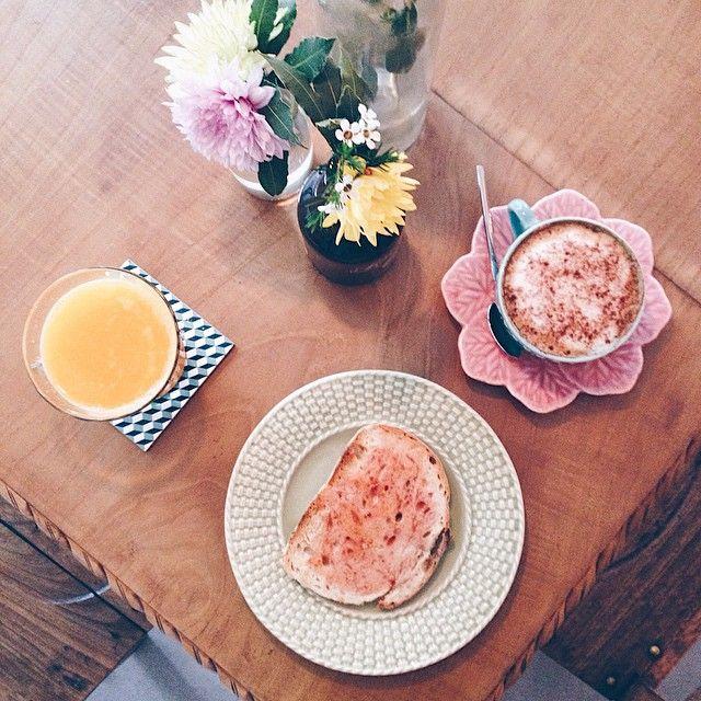 Começar o dia com o nosso sumo de laranjas biológicas é do melhor!