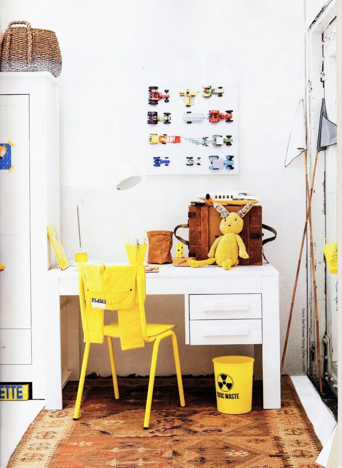 yellow toddler's room  photo Bart Brussee - styling Esther Loonstijn
