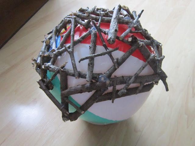 Twig Ball, hot glue twigs then remove beach ball.Finally a way for latex allergy people to do this stuff! Never thought of it for paper mache !