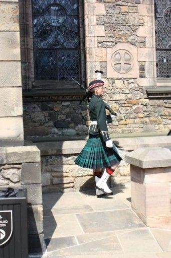 Men in Kilts - The guards at Edinburgh Castle, Scotland