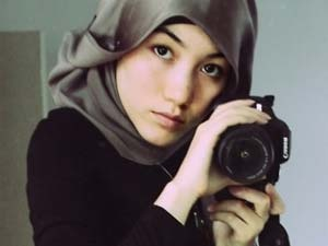 Hana Tajima for style and modesty