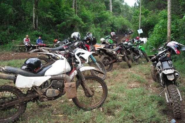 Mengintip Garangnya Aksi Komunitas Comedy Bogor Trail Adventure http://jitunews.com/read/18752/mengintip-garangnya-aksi-komunitas-comedy-bogor-trail-adventure #Jitunews